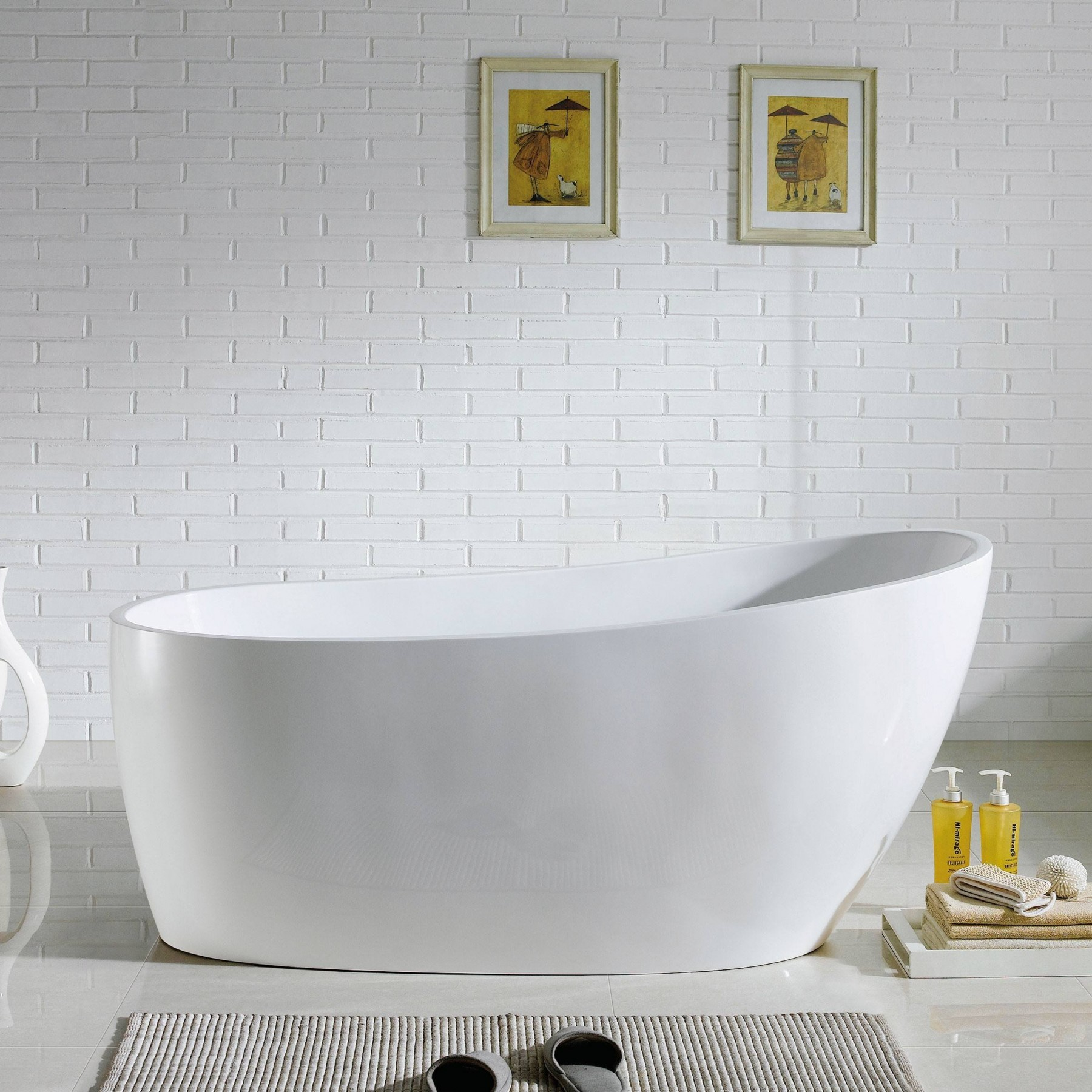 67 Covina Freestanding Bathtub