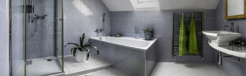 10 TRENDY BATHROOM SHOWER IDEAS